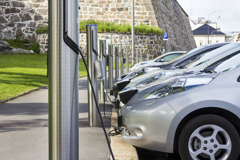 electric-vehicles-charging-small-768x513.png